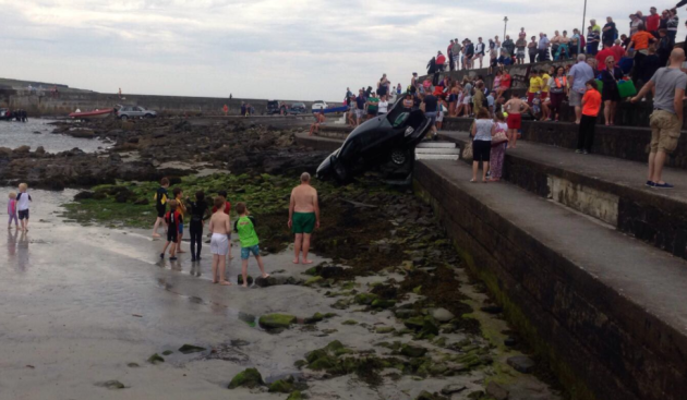 Kilkee Sunbathers Escape Injury After Car Rolls Towards Beach