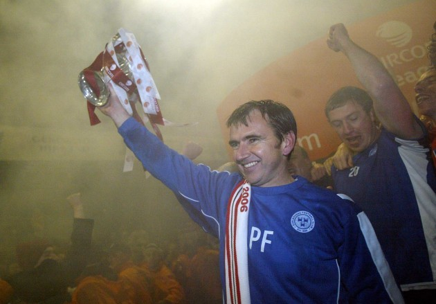 Manager Pat Fenlon lifts the Eircom League trophy