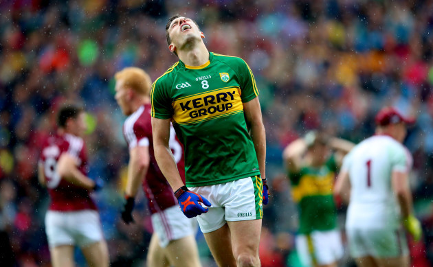 David Moran reacts to a missed chance