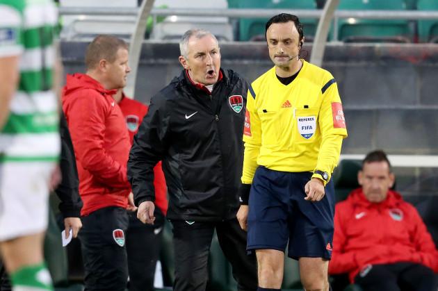 Neil Doyle sends John Caulfield to the stands