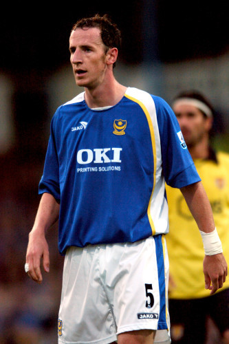 Soccer - FA Barclays Premiership - Portsmouth v Aston Villa - Fratton Park