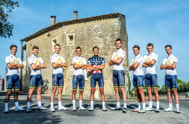 vuelta_line_up_names_hal_25_no_names