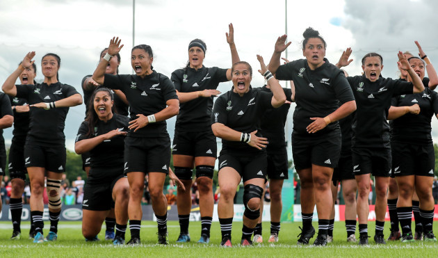 Black Ferns become first team to march into World Cup semi-finals