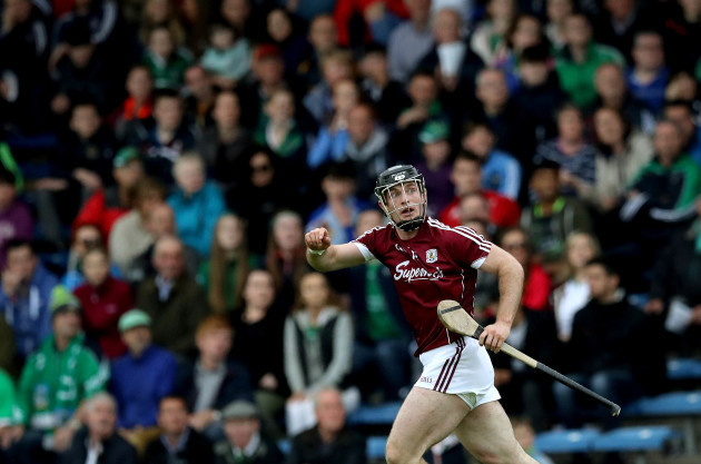 Sean Linnane signals for a point