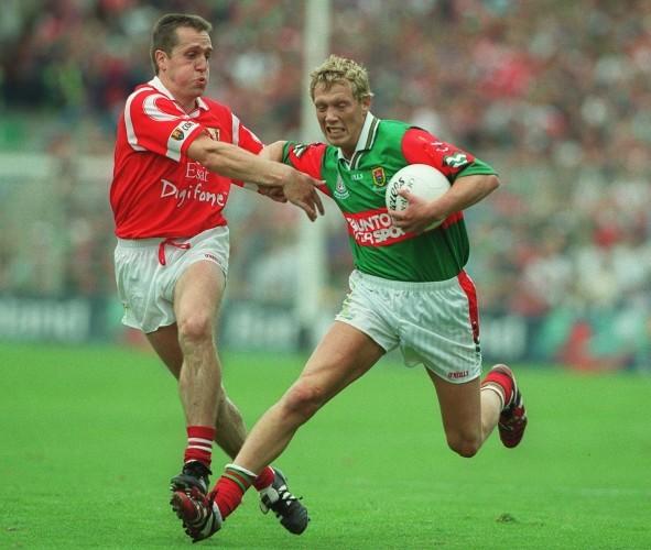 Ciaran O'Sullivan tackles Ciaran McDonald 22/8/1999