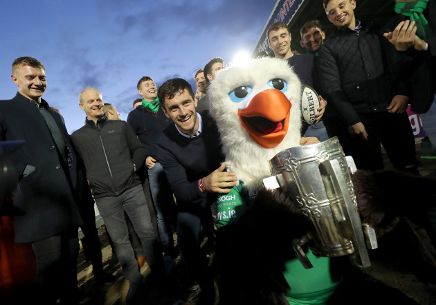 David Burke with Connacht mascot Eddie the Eagle and the Liam McCarthy Cup