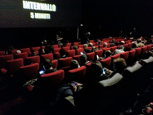 Cinema_smartphone