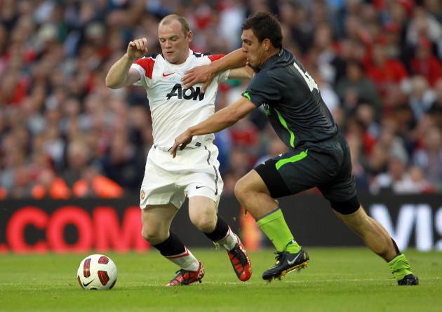 Gavin Peers with Wayne Rooney