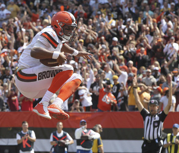 Steelers hold off Browns for season-opening victory