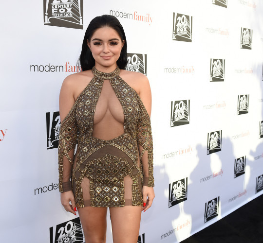 Ariel Winter doesn't mean to show off, but sometimes it happens