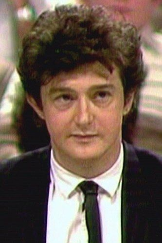 987b2be533f18db012a92f832db7d18e--louis-walsh-young-celebrities