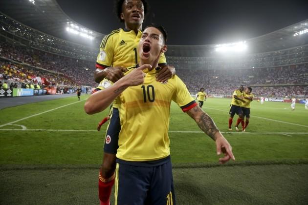 Peru Colombia Wcup Soccer