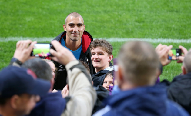 Ruan Pienaar with supporters after playing his final game for Ulster