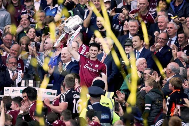 David Burke lifts the trophy