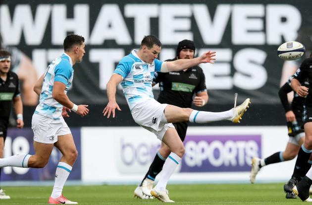 Johnny Sexton kicks forward