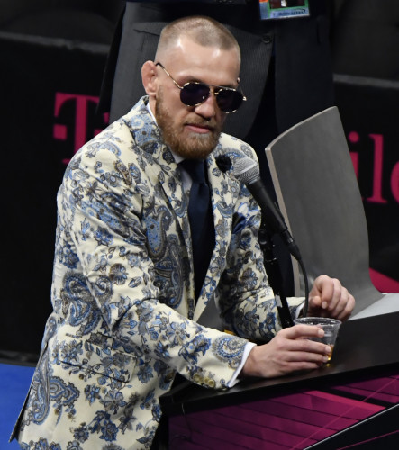 Mayweahter -McGregor- FIGHT NIGHT PC