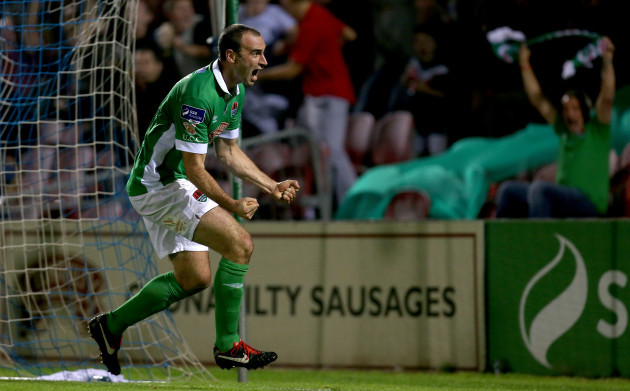 Dan Murray celebrates scoring in the last minute of injury time