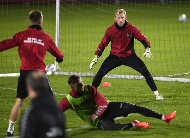 Kasper Schmeichel Expecting 'A Team Of Roy Keanes' When Denmark Face Ireland