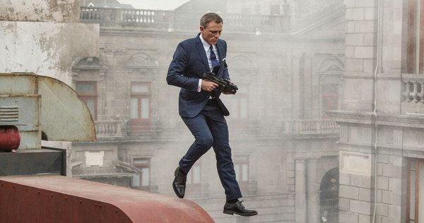James-Bond-Spectre-Opening-Action-Scene-Photos
