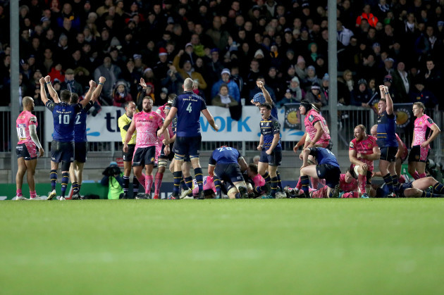 Leinster players celebrate Jack Conan's try