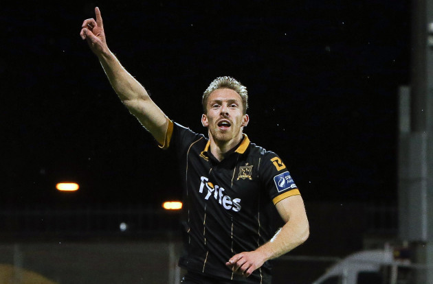 David McMillan celebrates scoring a goal