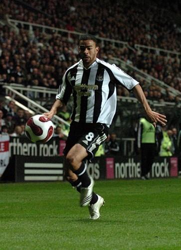 Soccer - UEFA Cup - Round of 16 - First Leg - Newcastle United v AZ Alkmaar - St James' Park