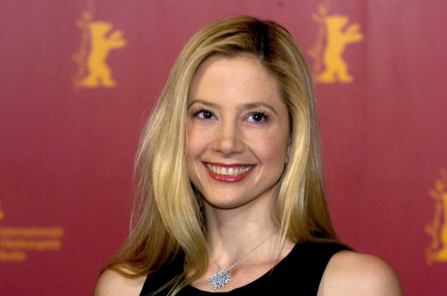 DPA Germany - Mira Sorvino smiles