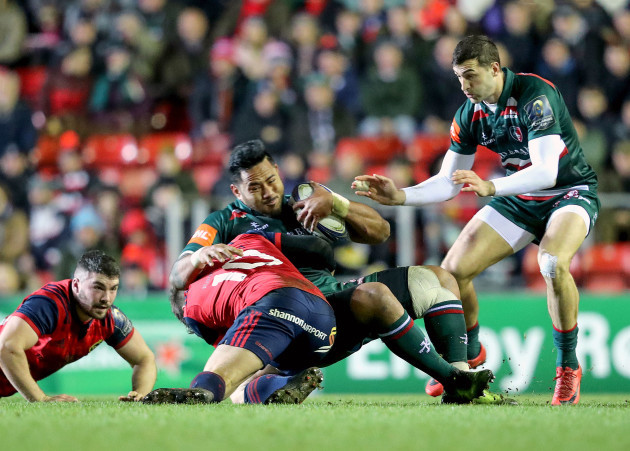 Manu Tuilagi tackled by Ian Keatley 17/12/2017