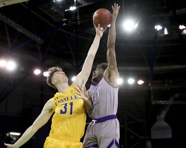 La Salle University v College of the Holy Cross - Basketball Hall of Fame Belfast Classic