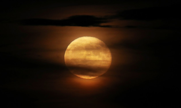 Biggest Full Moon Of 2018 Rising On New Year's Day