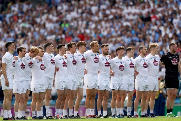 Kildare stand for the national anthem
