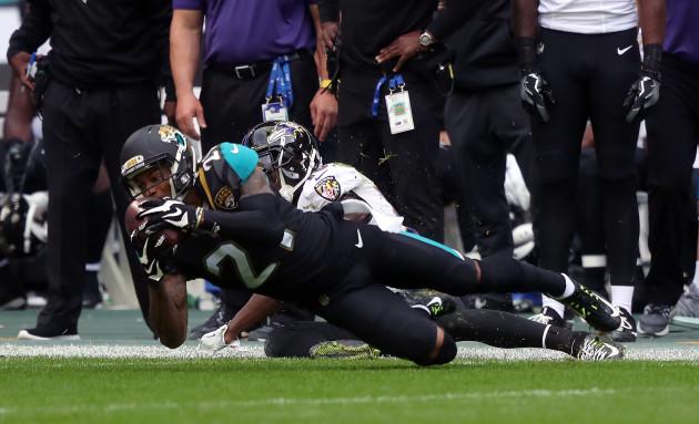 Fans ink support for Jaguars at 'Sack the Steelers Send-off'