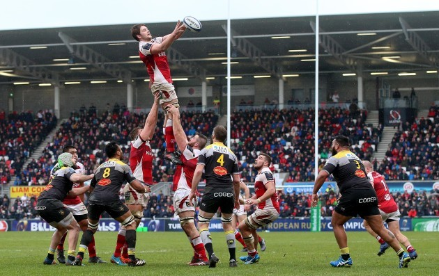 Iain Henderson claims a line out