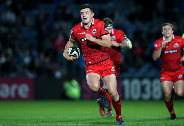 Wales pick uncapped Worcester wing Adams in Six Nations squad