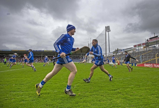 Thurles Sarsfields players warm up
