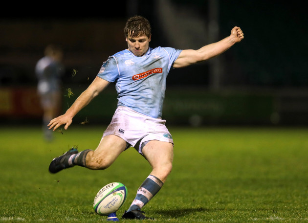 Neil Cronin kicks a conversion