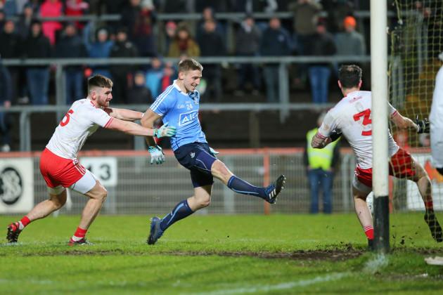 Eoghan O'Gara scores a goal