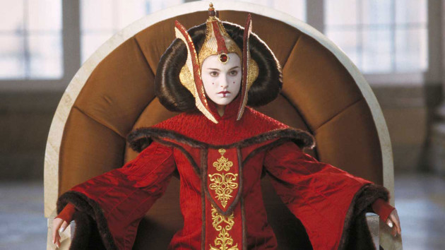 Natalie Portman Shocks With X-Rated Queen Amidala SNL Rap!