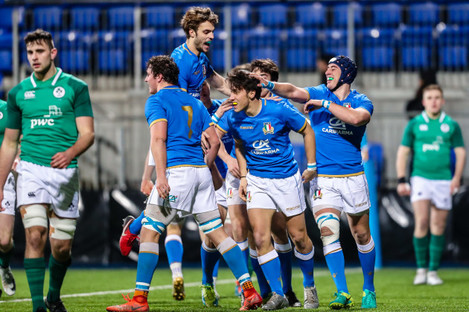 Tommaso Coppo celebrates with teammates