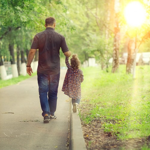 Premature Death Risk Seen in Single Dads