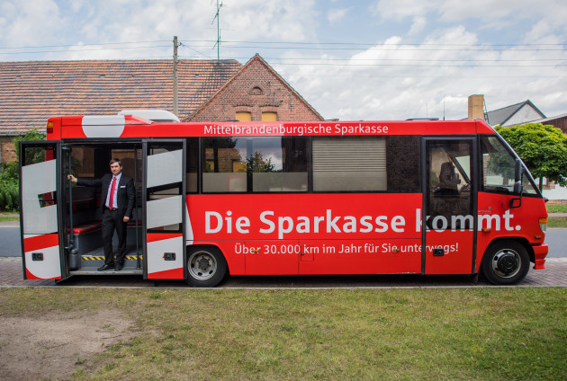 Bank uses bus as mobile local branch in Brandenburg