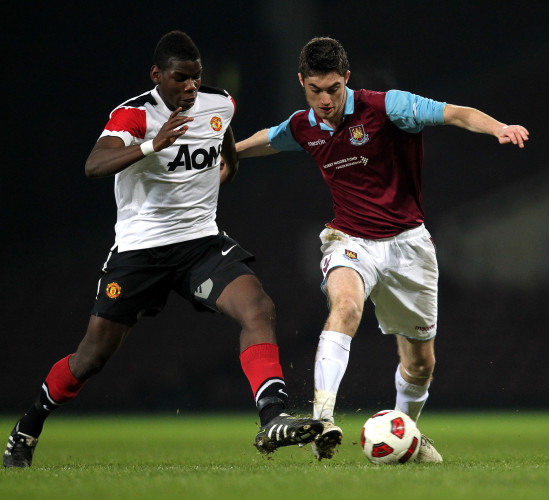 Soccer - FA Youth Cup - Fourth Round - West Ham United v Manchester United - Upton Park