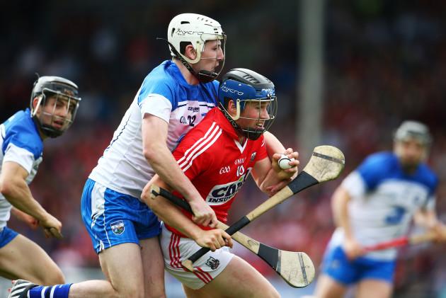Shane Bennett tackles Conor Lehane