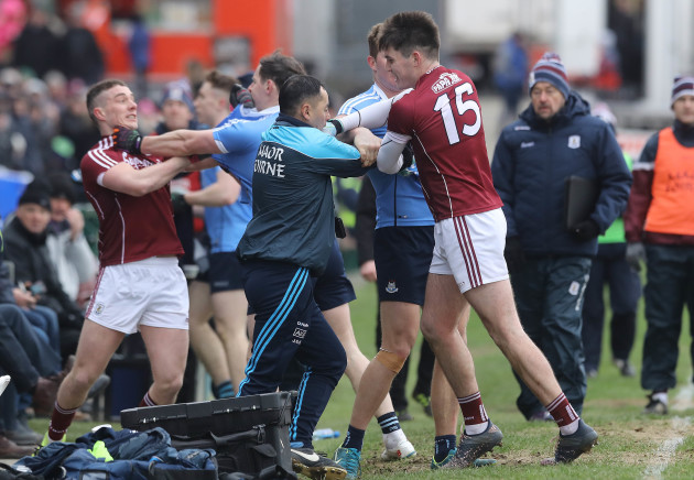 A scuffle breaks out on the sideline between Galway and Dublin players