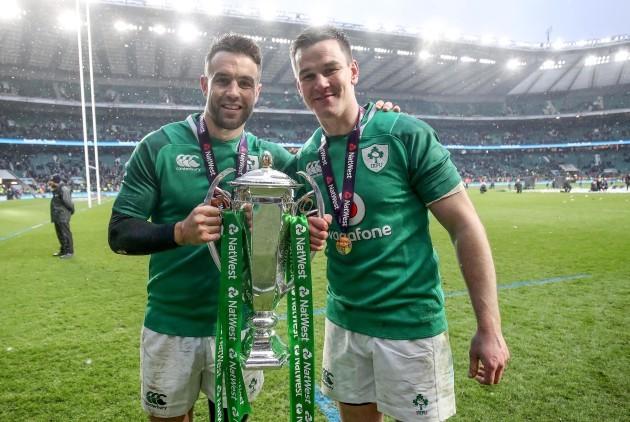 Conor Murray and Jonathan Sexton celebrate winning