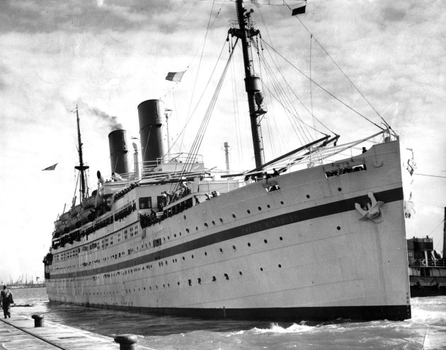 EMPIRE WINDRUSH : 1954