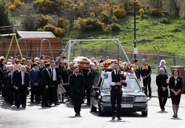 Mourners gather for funeral of Irish country legend Big Tom McBride