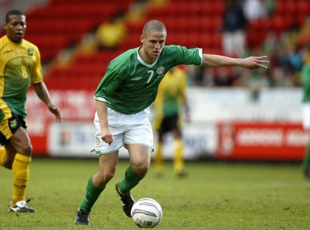 Graham Barrett 2/6/2004