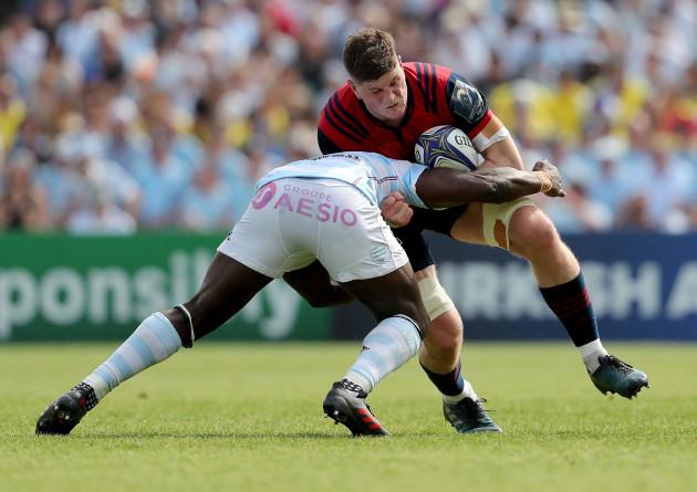 Jack O'Donoghue tackled by Yannick Nyanga