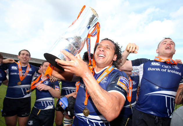 Isa Nacewa lifts RaboDirect PRO12 trophy